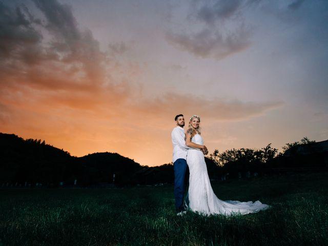 Le mariage de Tayeb et Soléne à Saint-Julien-en-Genevois, Haute-Savoie 29