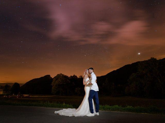 Le mariage de Tayeb et Soléne à Saint-Julien-en-Genevois, Haute-Savoie 35