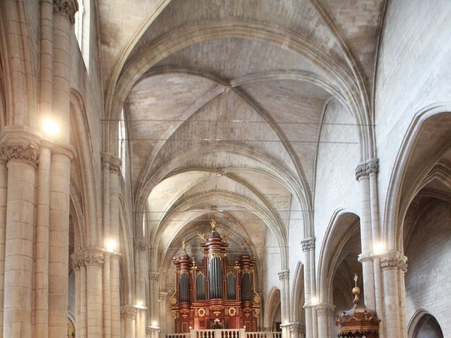 Le mariage de Marc et Gabrielle à Tarascon, Bouches-du-Rhône 12