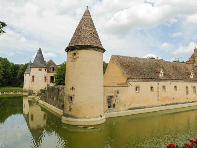 Le mariage de Benoit et Angela à Chevillon, Yonne 3