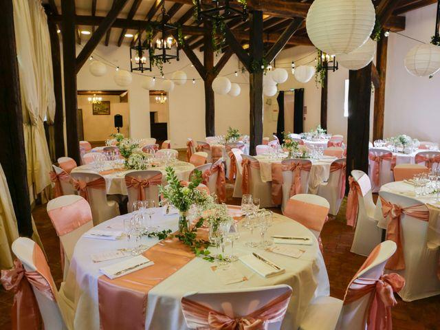 Le mariage de Benoit et Angela à Chevillon, Yonne 32