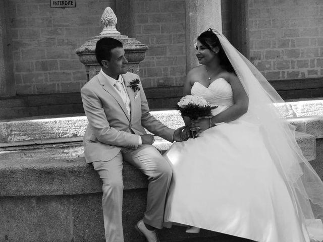 Le mariage de Sylvain  et Jade à Rochefort-du-Gard, Gard 3