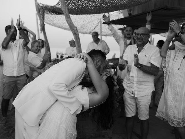 Le mariage de Kévin et Amandine à Saint-Tropez, Var 91