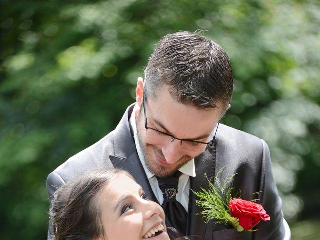 Le mariage de Frank et Coralie à Neuville-les-Dames, Ain 4