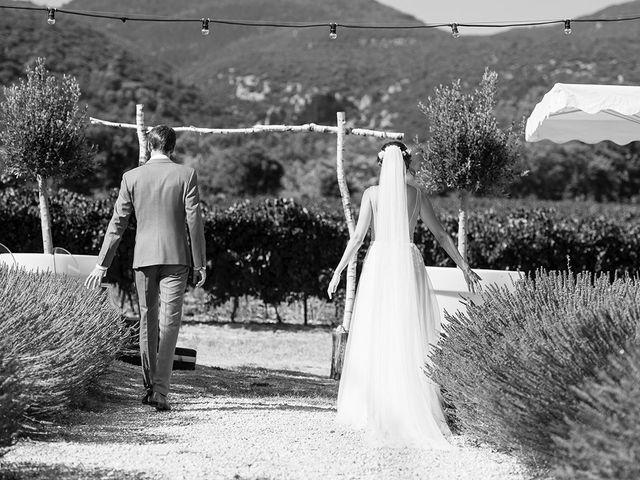 Le mariage de François Xavier et Flora à Saint-Saturnin-lès-Apt, Vaucluse 24