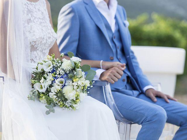 Le mariage de François Xavier et Flora à Saint-Saturnin-lès-Apt, Vaucluse 36