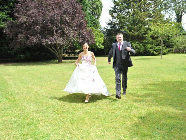 Le mariage de Thierry et Christine à Mandeville-en-Bessin, Calvados 7