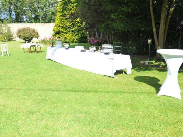 Le mariage de Thierry et Christine à Mandeville-en-Bessin, Calvados 15