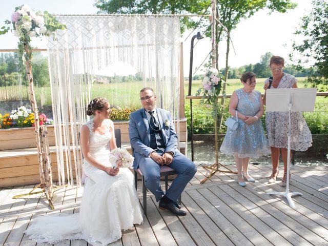 Le mariage de Mehdi et Sabrina à Villers-Bretonneux, Somme 21
