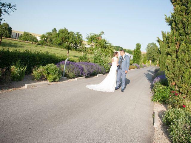Le mariage de Mehdi et Sabrina à Villers-Bretonneux, Somme 30