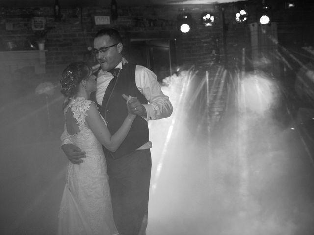 Le mariage de Mehdi et Sabrina à Villers-Bretonneux, Somme 35