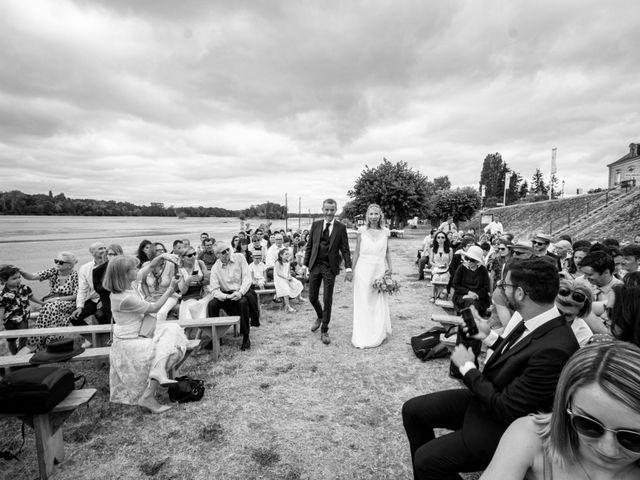 Le mariage de Nicolas et Christelle à La Chapelle-sur-Loire, Indre-et-Loire 23