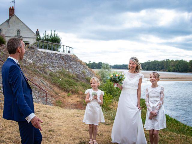 Le mariage de Nicolas et Christelle à La Chapelle-sur-Loire, Indre-et-Loire 58