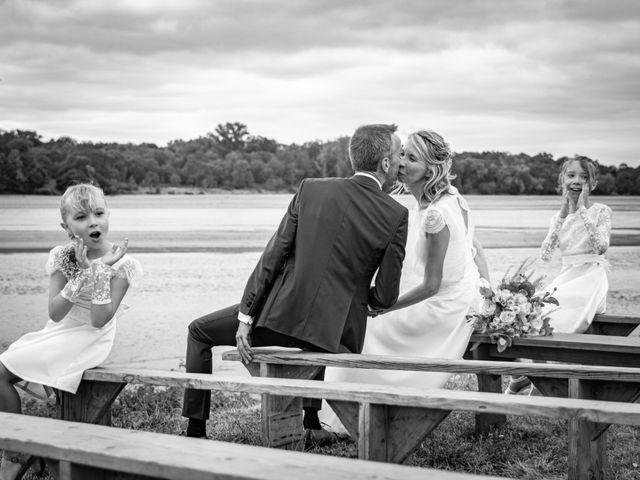 Le mariage de Nicolas et Christelle à La Chapelle-sur-Loire, Indre-et-Loire 66