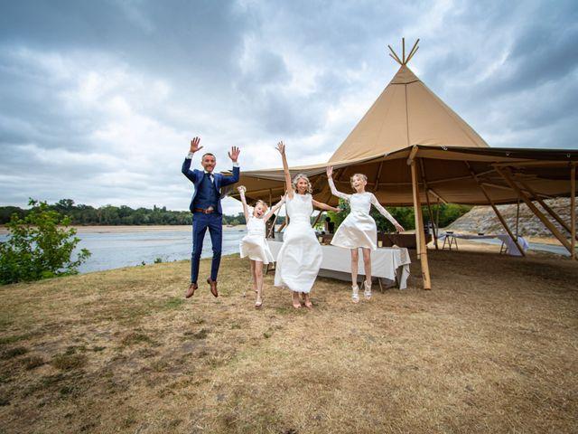 Le mariage de Nicolas et Christelle à La Chapelle-sur-Loire, Indre-et-Loire 79