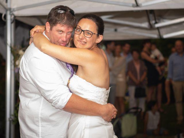 Le mariage de Thomas et Eloïse à Marcigny, Saône et Loire 32