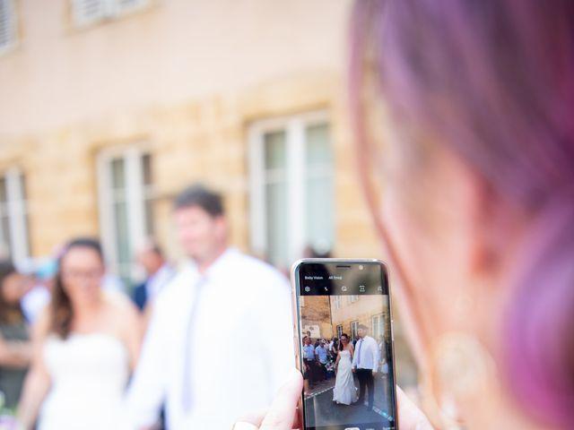 Le mariage de Thomas et Eloïse à Marcigny, Saône et Loire 38