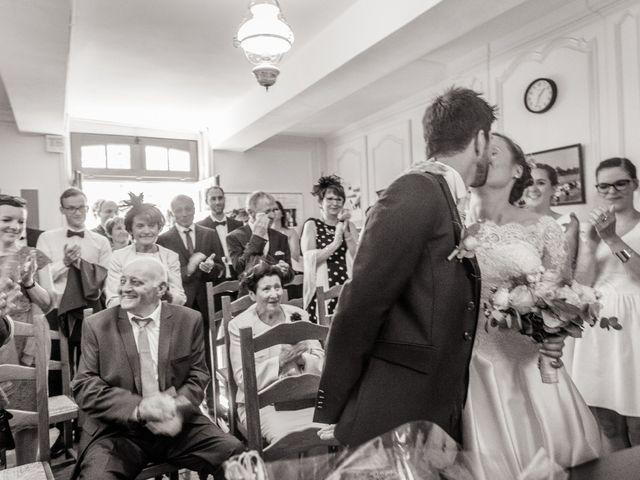 Le mariage de Romain et Anne-Sophie à Dozulé, Calvados 11