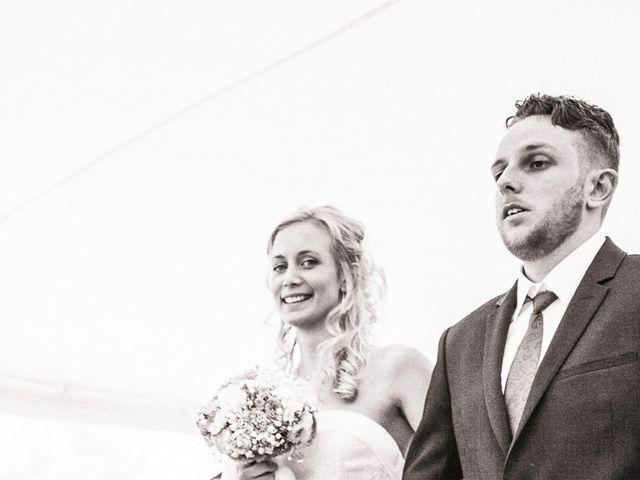 Le mariage de Jérôme et Ingrid à Saint-Marcel, Morbihan 3