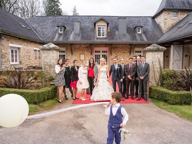 Le mariage de Jérôme et Ingrid à Saint-Marcel, Morbihan 25