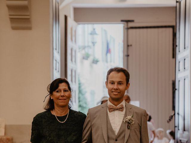 Le mariage de Edouard et Hannah à Saint-Saturnin-lès-Apt, Vaucluse 15