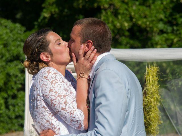 Le mariage de Anthony et Emilie à L'Houmeau, Charente Maritime 25
