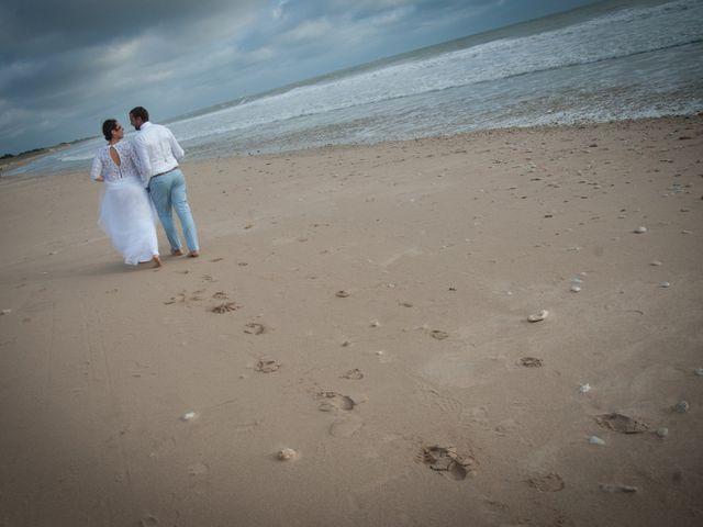 Le mariage de Anthony et Emilie à L'Houmeau, Charente Maritime 38