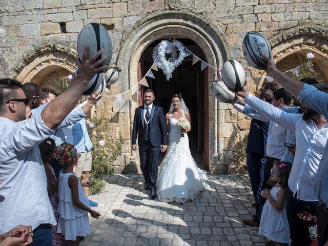 Le mariage de Fabien et Alissa à Coux, Ardèche 15