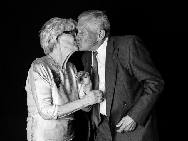 Le mariage de Sébastien et Myléne à Paris, Paris 33