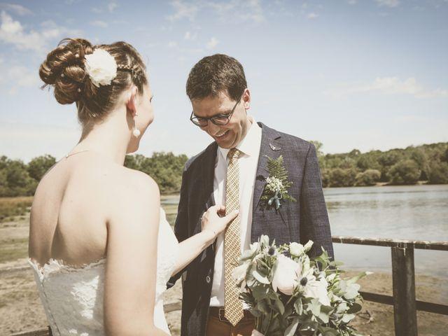 Le mariage de Thomas et Estelle à Saint-Viâtre, Loir-et-Cher 53