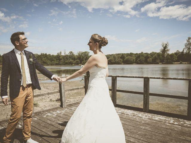 Le mariage de Thomas et Estelle à Saint-Viâtre, Loir-et-Cher 54