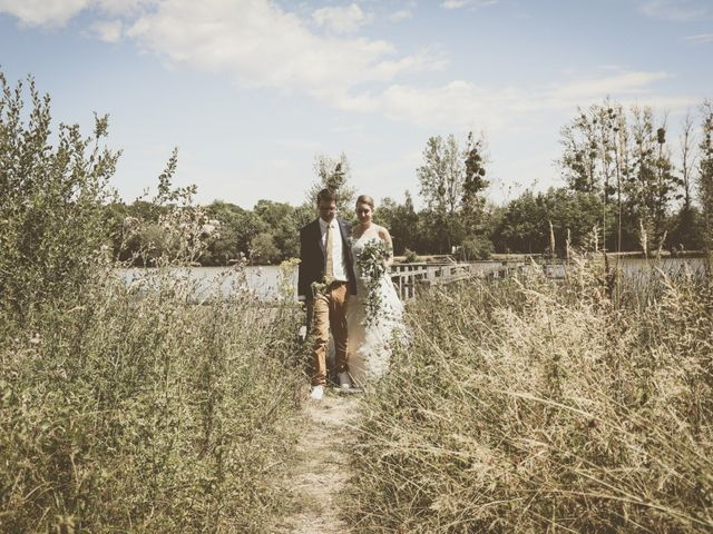 Le mariage de Thomas et Estelle à Saint-Viâtre, Loir-et-Cher 59