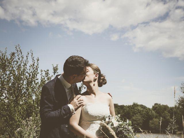 Le mariage de Thomas et Estelle à Saint-Viâtre, Loir-et-Cher 60