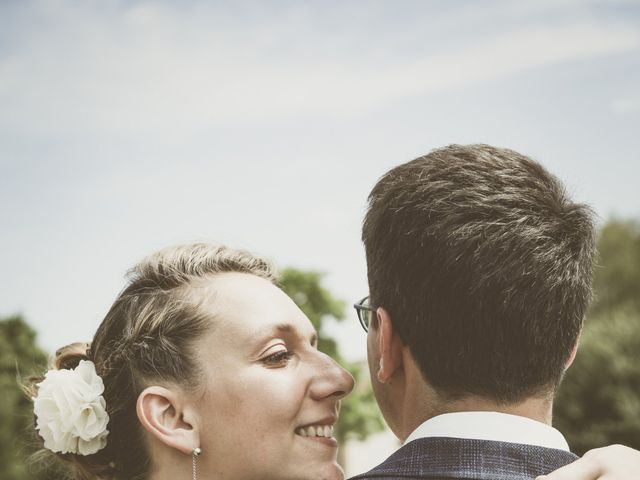 Le mariage de Thomas et Estelle à Saint-Viâtre, Loir-et-Cher 69