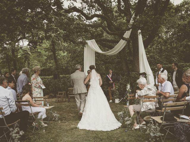 Le mariage de Thomas et Estelle à Saint-Viâtre, Loir-et-Cher 101
