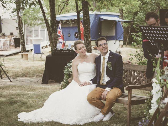 Le mariage de Thomas et Estelle à Saint-Viâtre, Loir-et-Cher 114