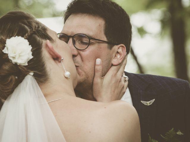 Le mariage de Thomas et Estelle à Saint-Viâtre, Loir-et-Cher 126