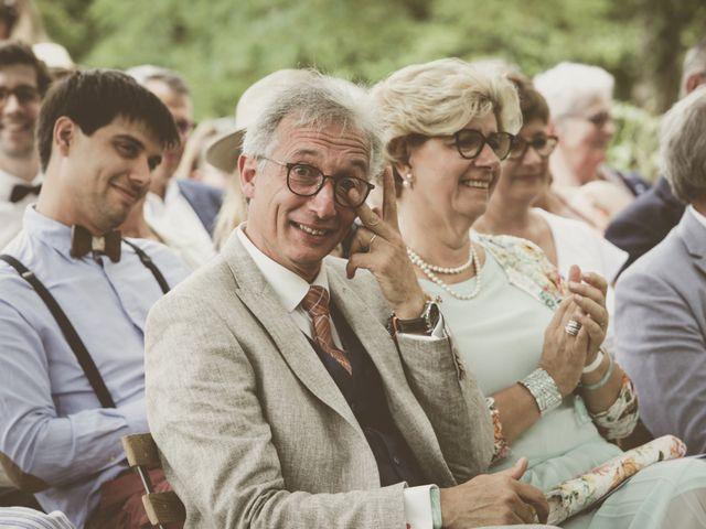 Le mariage de Thomas et Estelle à Saint-Viâtre, Loir-et-Cher 127