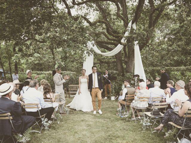 Le mariage de Thomas et Estelle à Saint-Viâtre, Loir-et-Cher 140