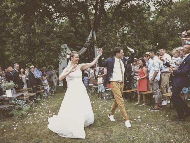 Le mariage de Thomas et Estelle à Saint-Viâtre, Loir-et-Cher 143