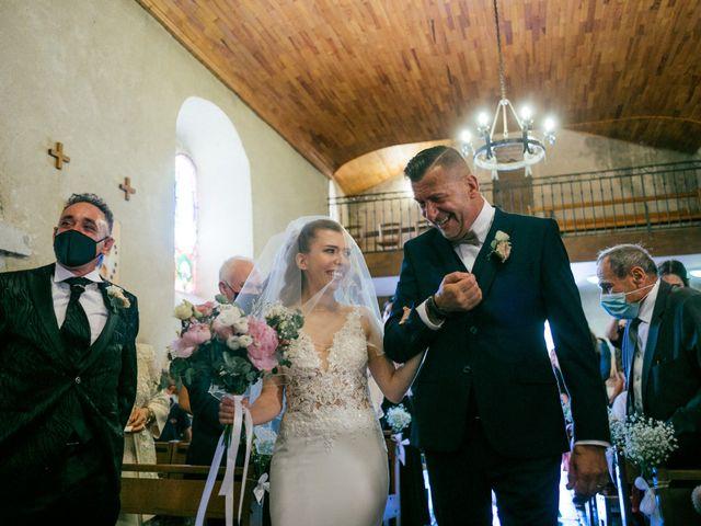 Le mariage de Nicolò et Léa à Neyron, Ain 11