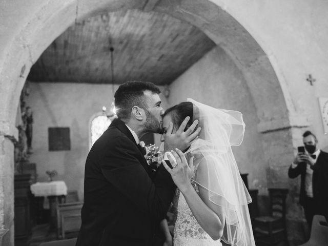 Le mariage de Nicolò et Léa à Neyron, Ain 12