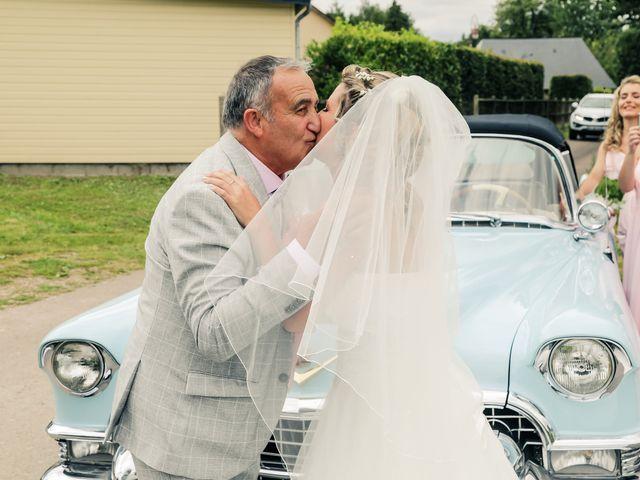 Le mariage de Yohan et Lauriane à Plasnes, Eure 47