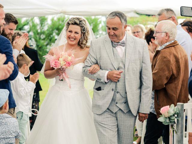 Le mariage de Yohan et Lauriane à Plasnes, Eure 62