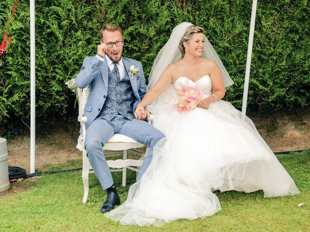 Le mariage de Yohan et Lauriane à Plasnes, Eure 85