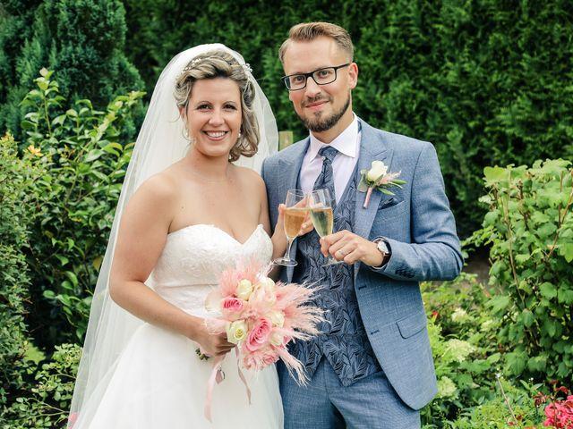 Le mariage de Yohan et Lauriane à Plasnes, Eure 103