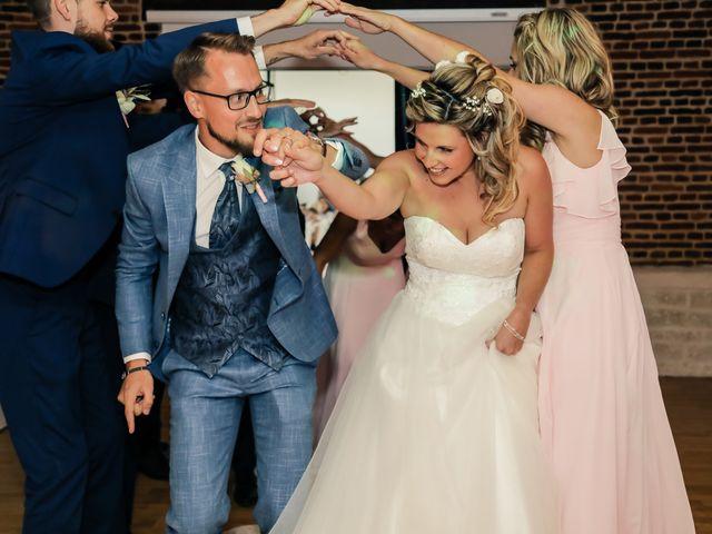 Le mariage de Yohan et Lauriane à Plasnes, Eure 159