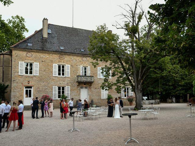 Le mariage de Jérémy et Marie à La Chapelle-de-Guinchay, Saône et Loire 16