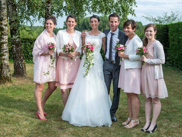 Le mariage de Pierre et Léonie à Marcilly-en-Villette, Loiret 14