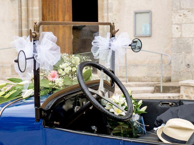 Le mariage de Pierre et Léonie à Marcilly-en-Villette, Loiret 17